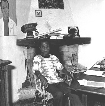 James_Baldwin_in_his_house_in_Saint-Paul_de_Vence